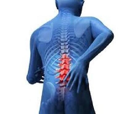Il sangue da dorso passa emorroidi o unincrinatura di passaggio posteriore